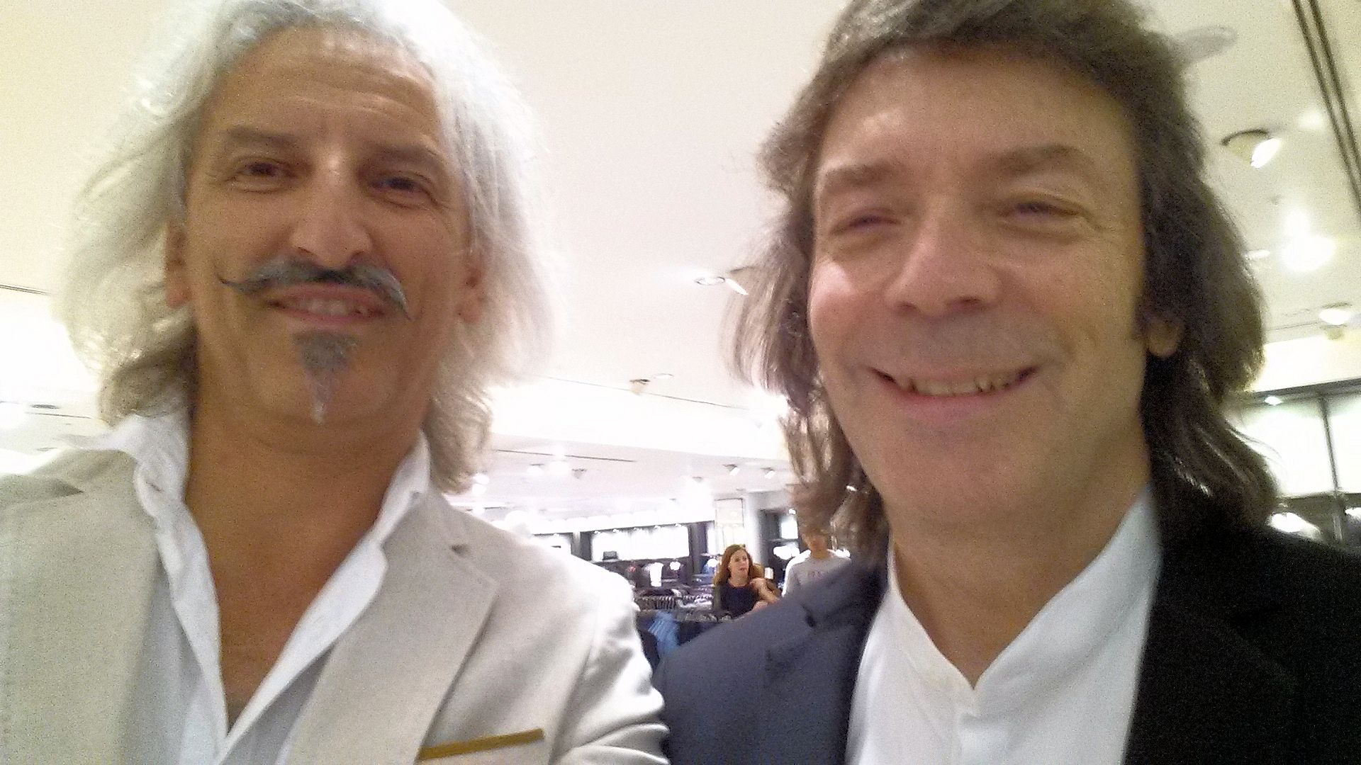 Steve Hackett & Me in Zara Oxford St [18 Sep 2014]