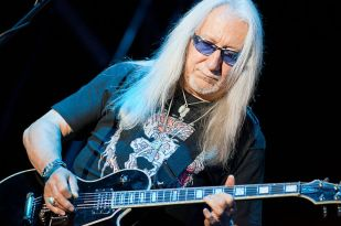 Mick Box - Uriah Heep